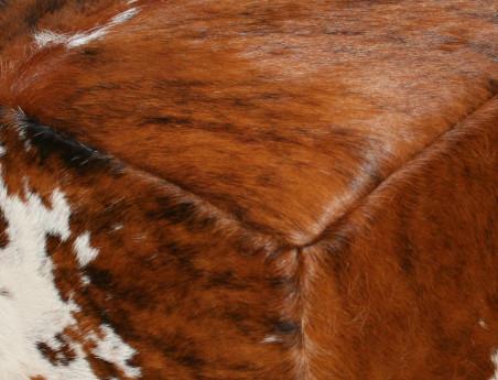 Pouf en peau de vache Normande claire