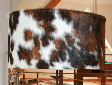 Abat-jour en peau de vache