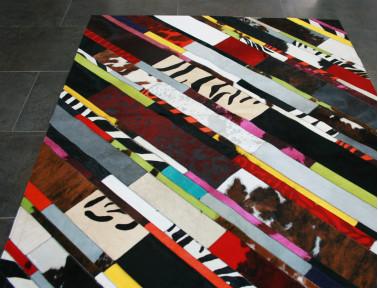Tapis Patchwork Bandelette diagonale en Peau de vache multicolore