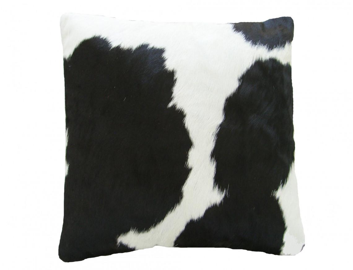 coussin en peau de vache noire et blanche double face. Black Bedroom Furniture Sets. Home Design Ideas