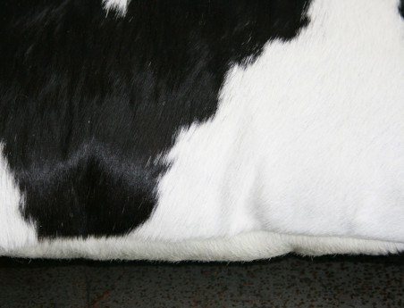 Rectangular Cushion in Cowhide Black & White DOUBLE FACE