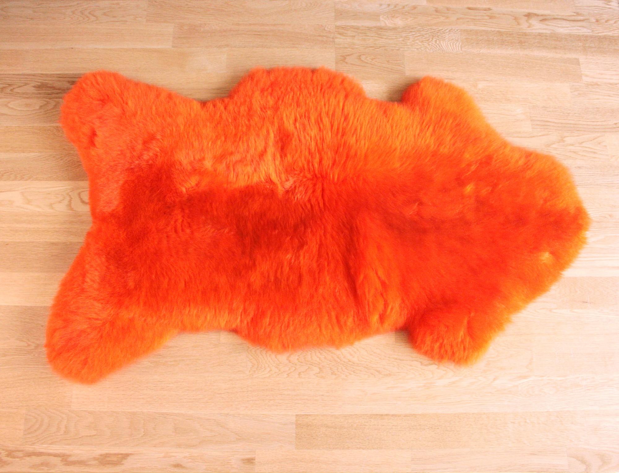 Peau de mouton teint e orange - Tapis peau de mouton synthetique ...