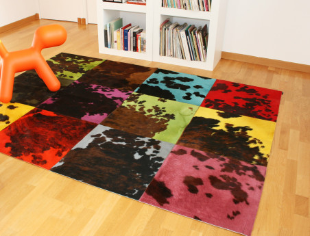 Patchwork rug natural cow tinted