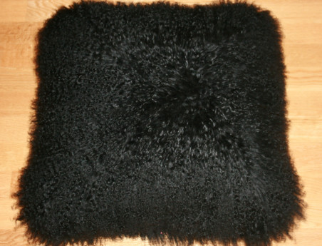 Coussin en agneau de Mongolie teinté noir DOUBLE FACE