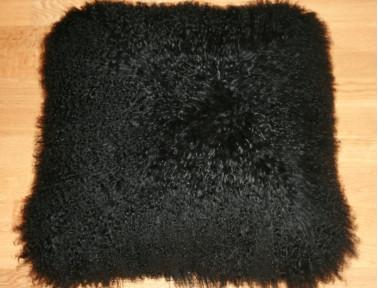 Coussin en agneau de Mongolie noir SIMPLE FACE