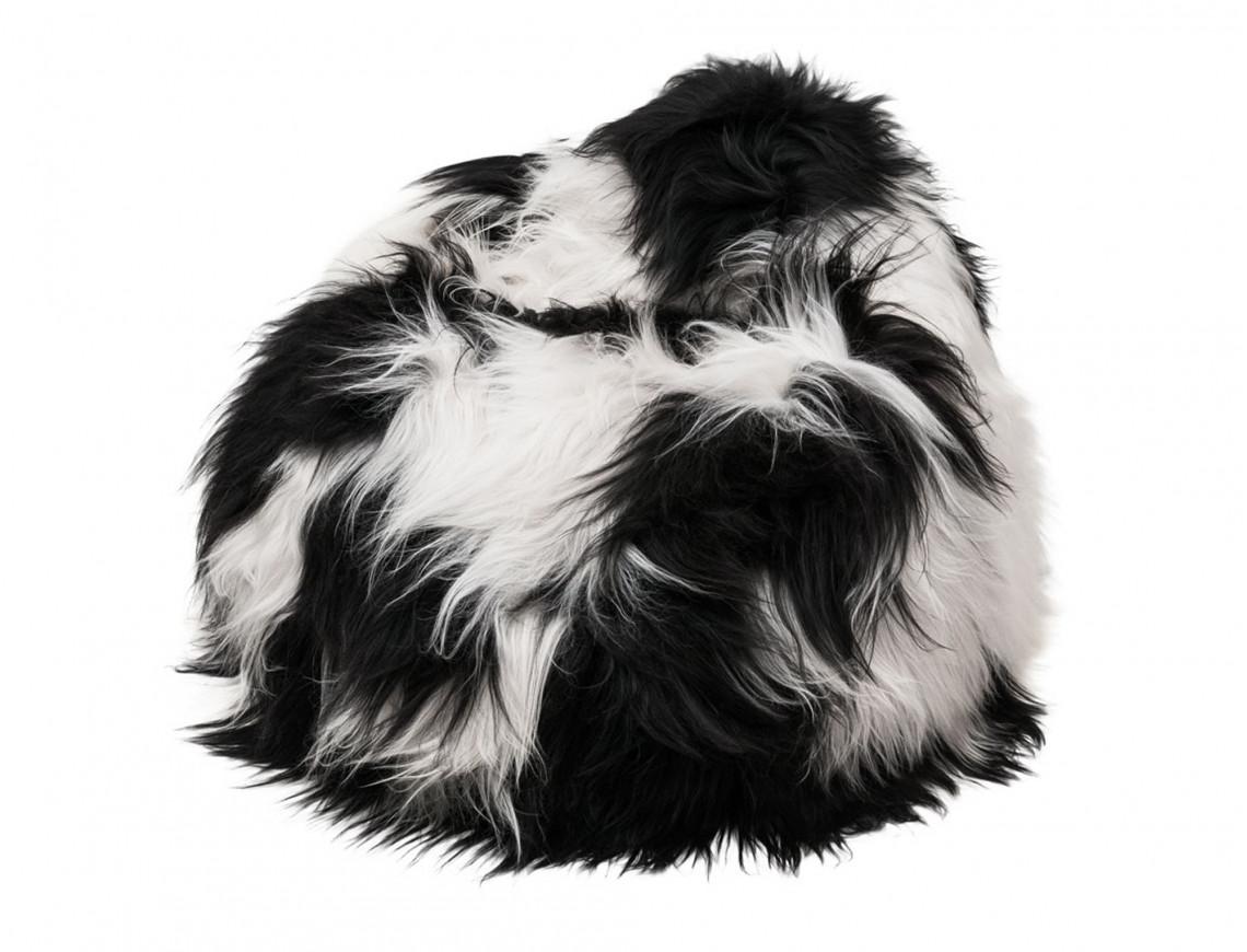 Pouf poire en mouton Islandais blanc et noir