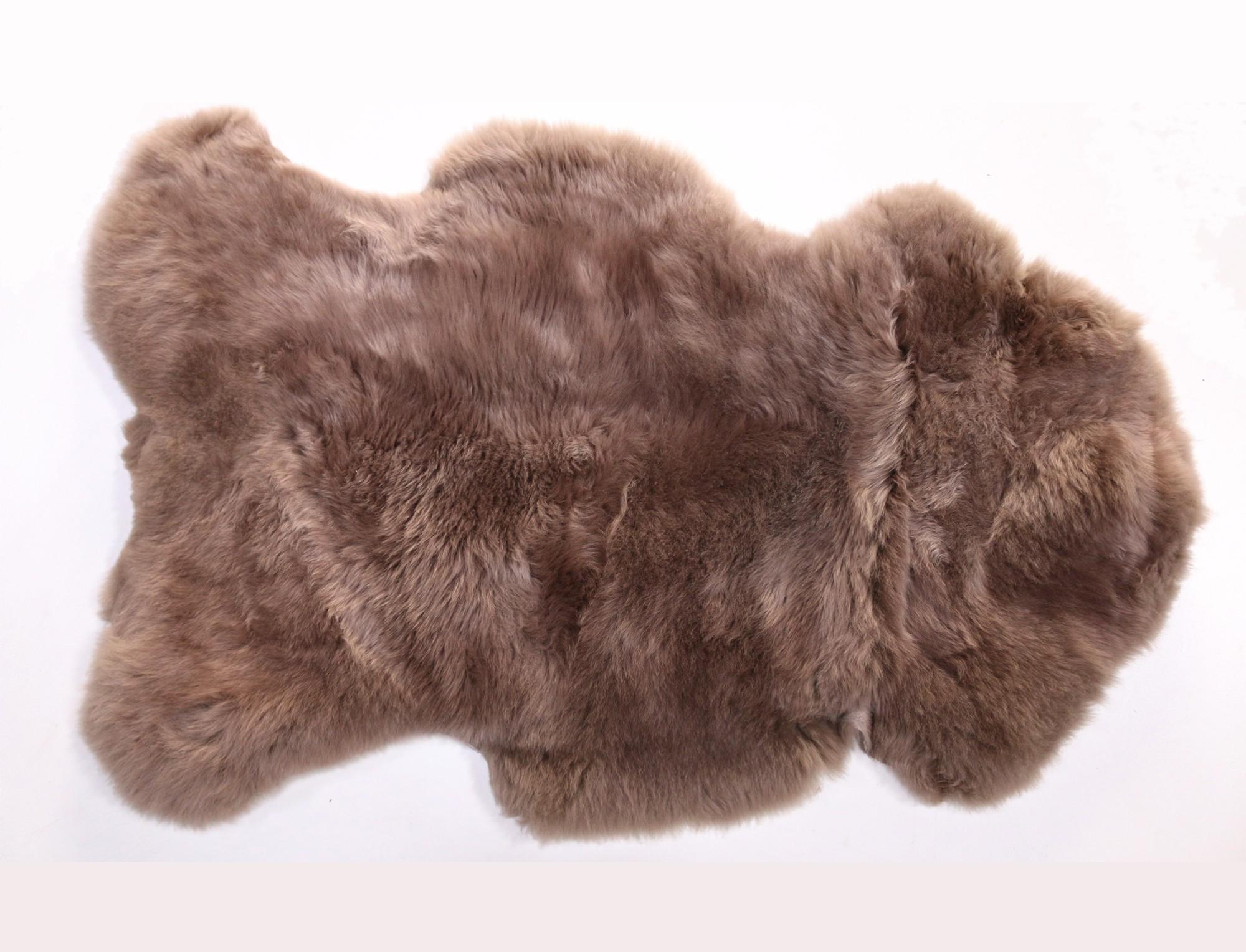 Peau de mouton teint e greige - Tapis peau de mouton synthetique ...