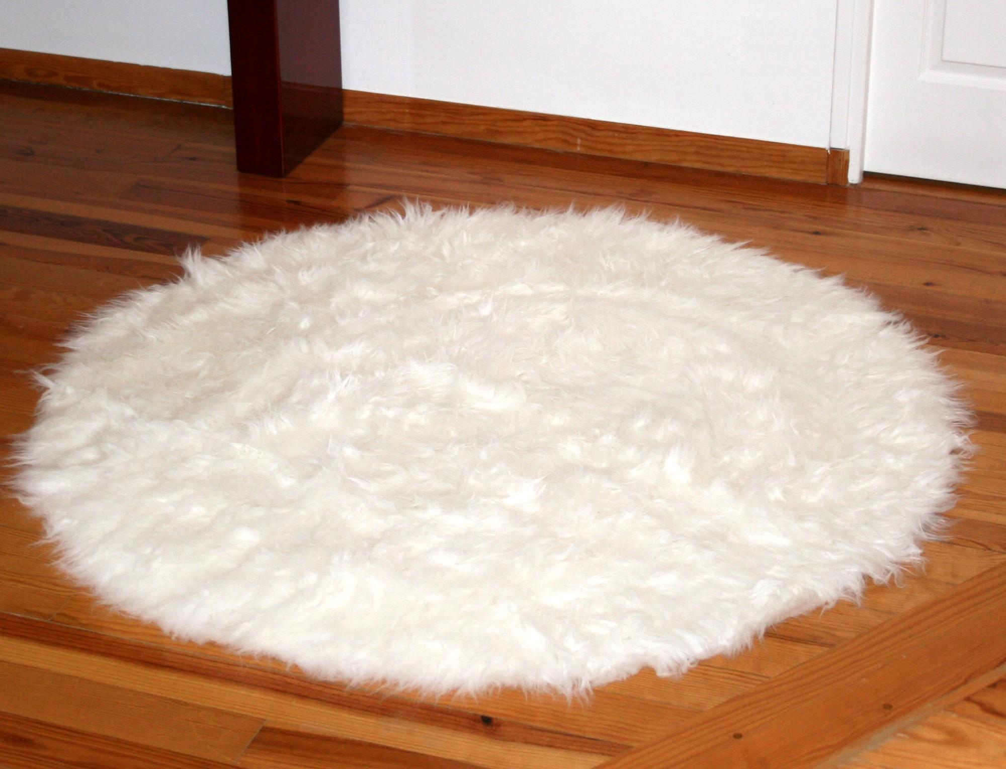 Tapis rond en peau de mouton synthétique blanc façon fausse ...