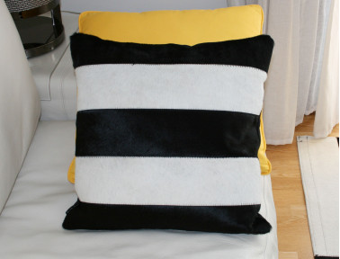 Elmer cowhide patchwork Cushion