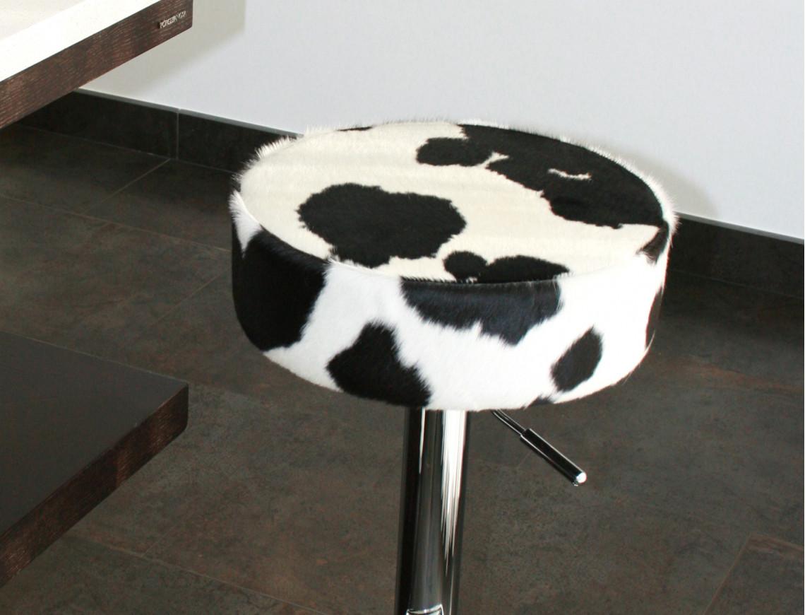 Tabouret en peau de vache