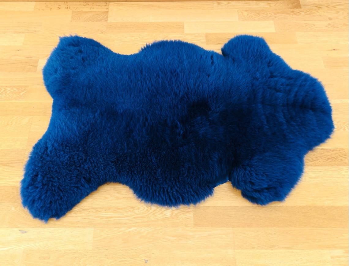 Peau de mouton bleu nuit