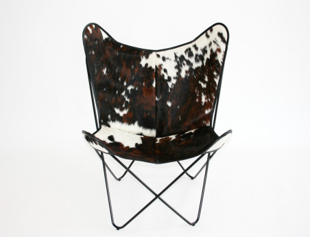 Butterfly armchair in cowhide