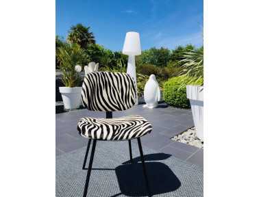 Cowhide chair with armrest
